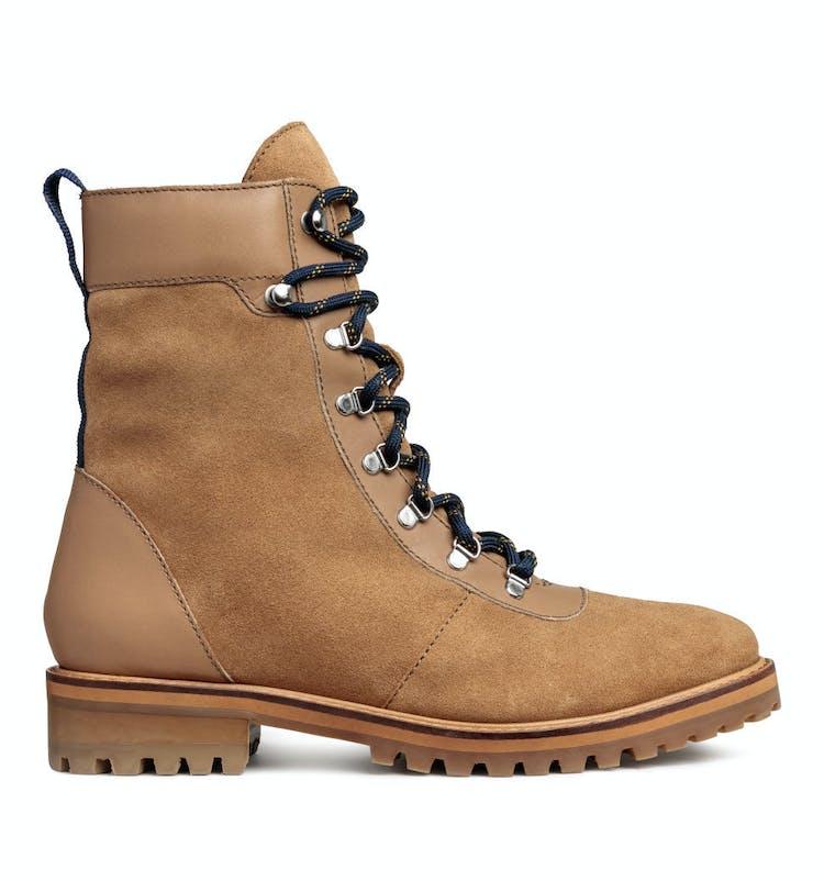 ee34a205 Vintersko: Her er skoene som er både varme og fine | Costume.no