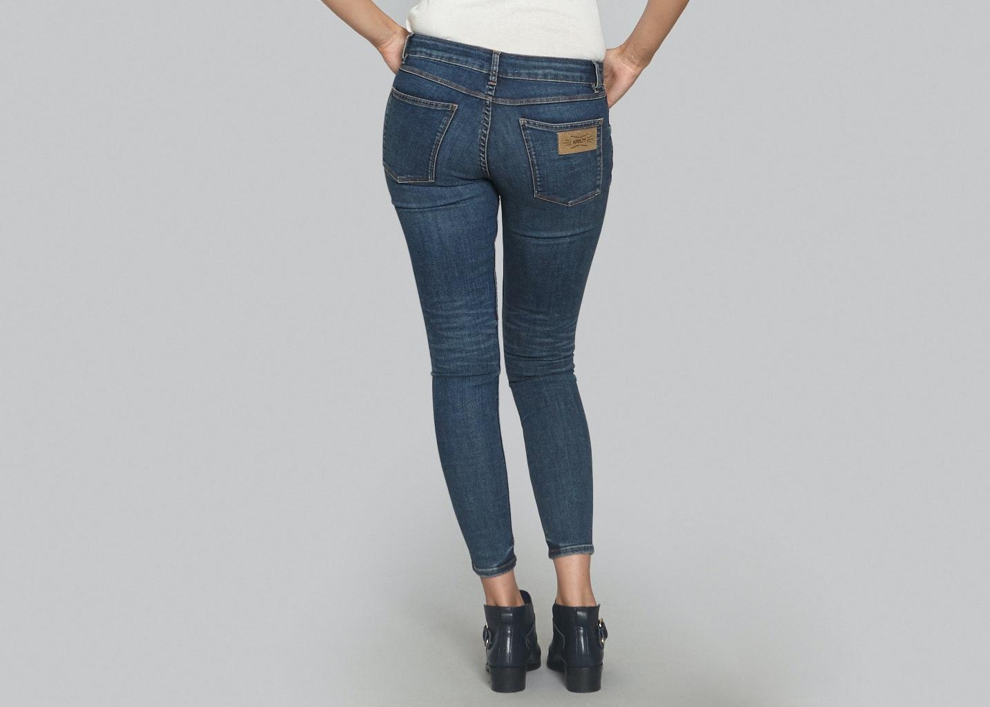 stramme bukser til kvinder