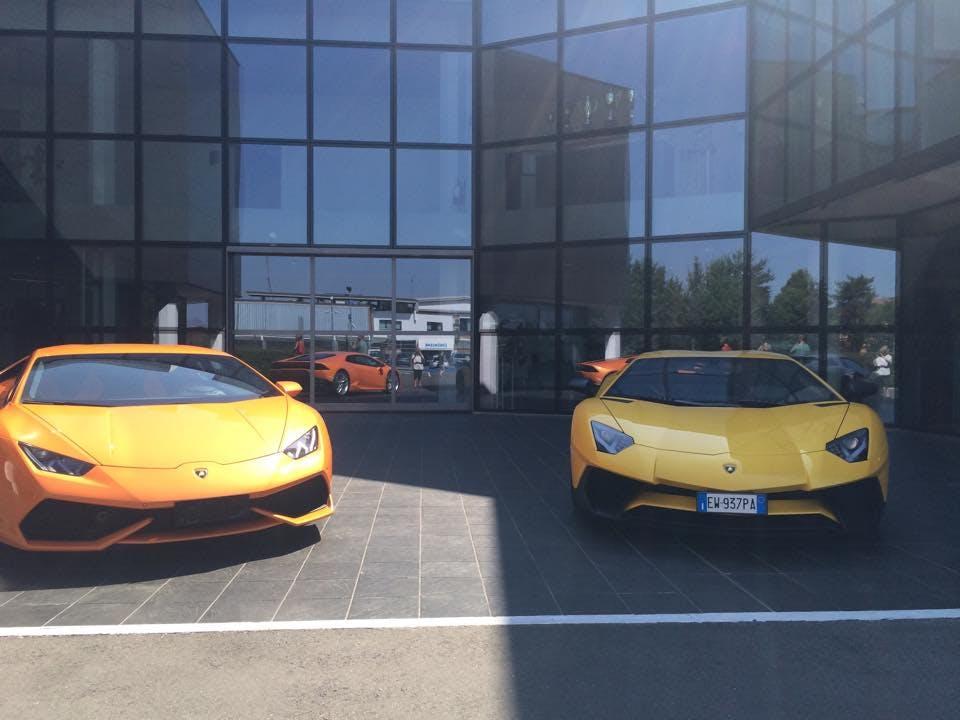 Læn dig tilbage og tag en tur rundt på Lamborghini-museet i Sant'agata i dette galleri ...