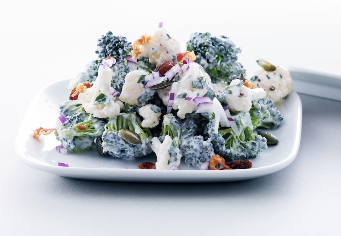 blomkål broccoli sallad