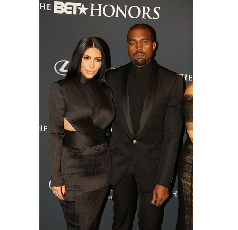 Kim Kardashian og Kanye West før de begynte dating hastighet dating delt