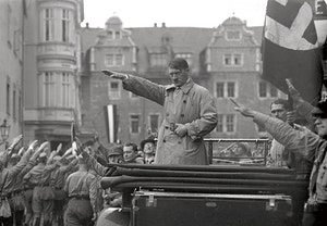 Adolf hitler nazistparad weimar 1930 1dudratuwjh3zv3hr6rflw