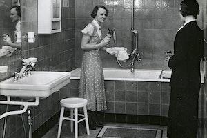 Badrum 1948 qeqt14lvmh9d9rzsfdyy3w