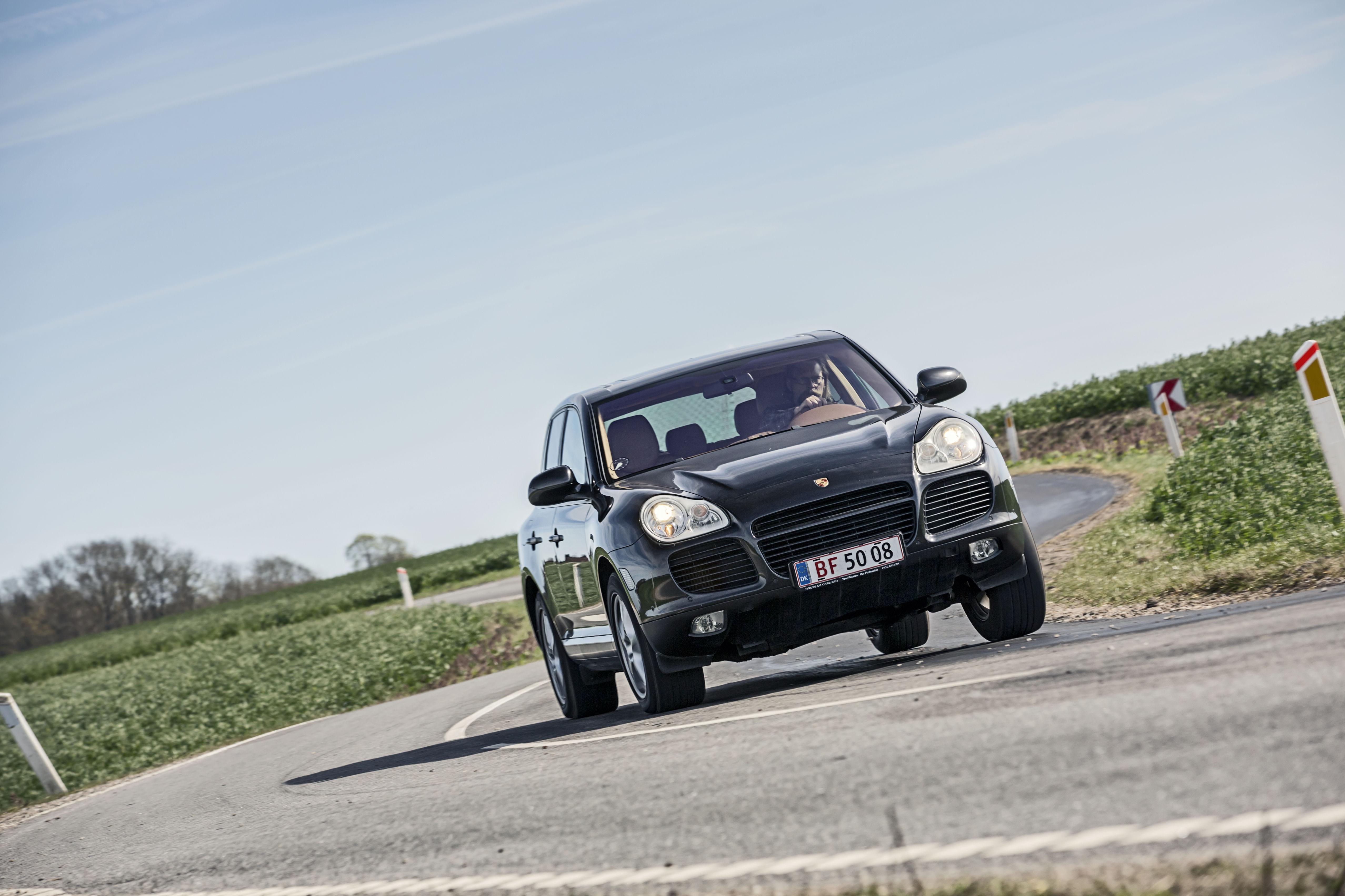 Det koster en 13 år gammel Porshce Cayenne Turbo | Bilmagasinet.dk