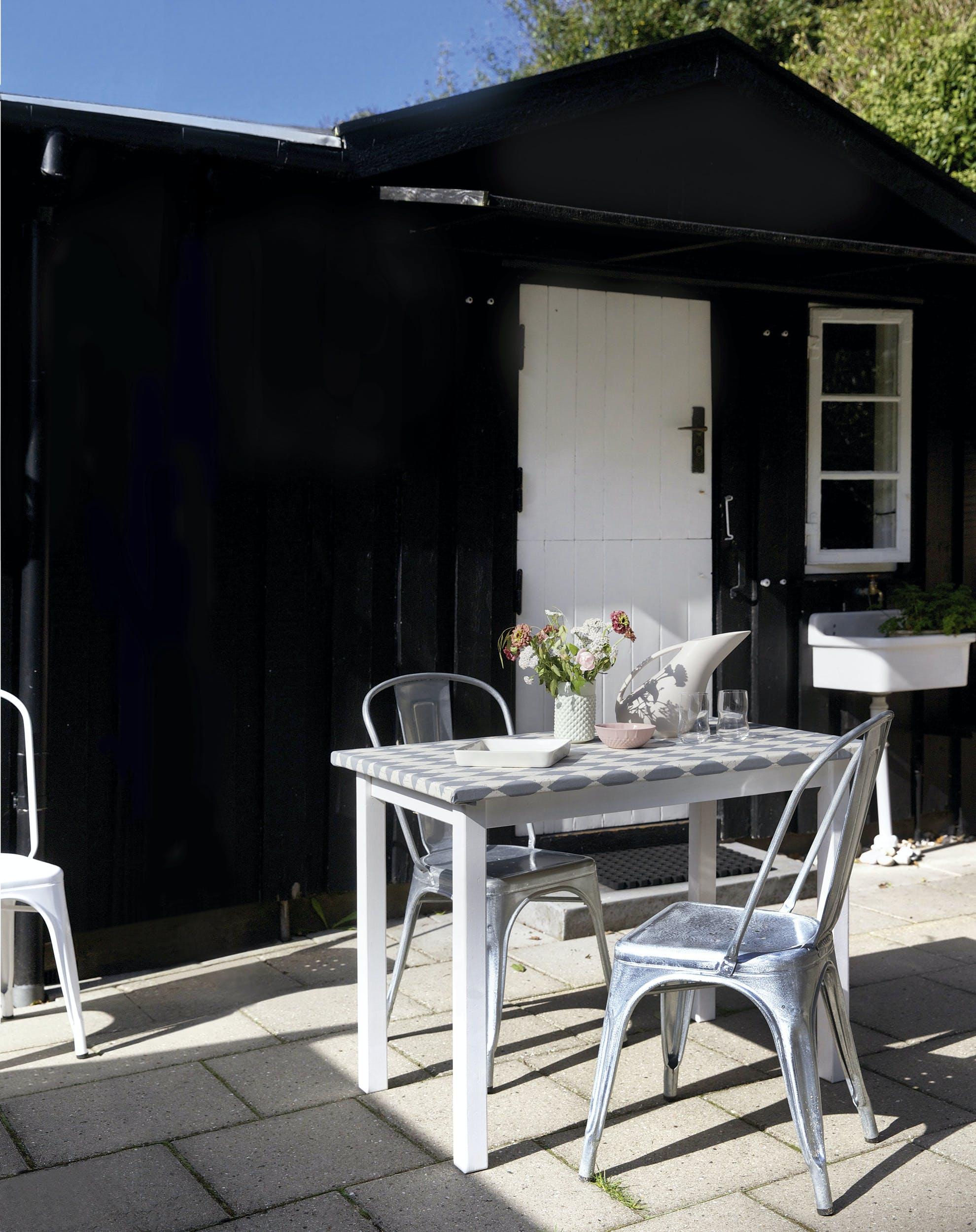 skab et sk nt spisehj rne p terrassen. Black Bedroom Furniture Sets. Home Design Ideas