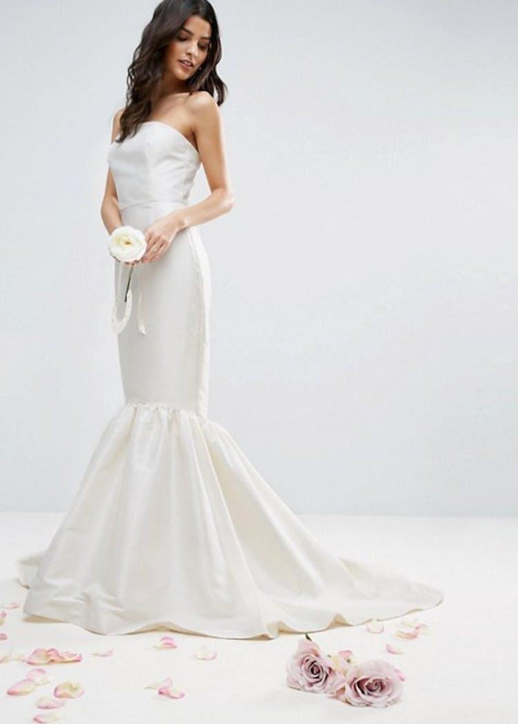 ab5d4dd82d7e Billige brudekjoler  Asos  nye brudekollektion er helt perfekt ...