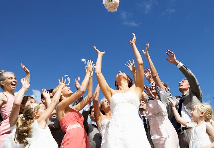 45d1b2e0f358 Bryllupsgæst  Her er 21 flotte og billige kjoler til bryllup