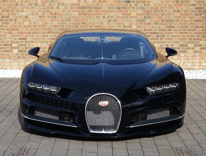 Første brugte Bugatti Chiron til salg | Bilmagasinet.dk