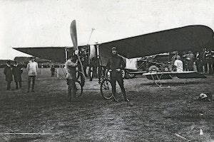 Carl cederstrom bleriot xi 1911 flyg sverige flygveckan wcqaa6fkjksibqkliplywq