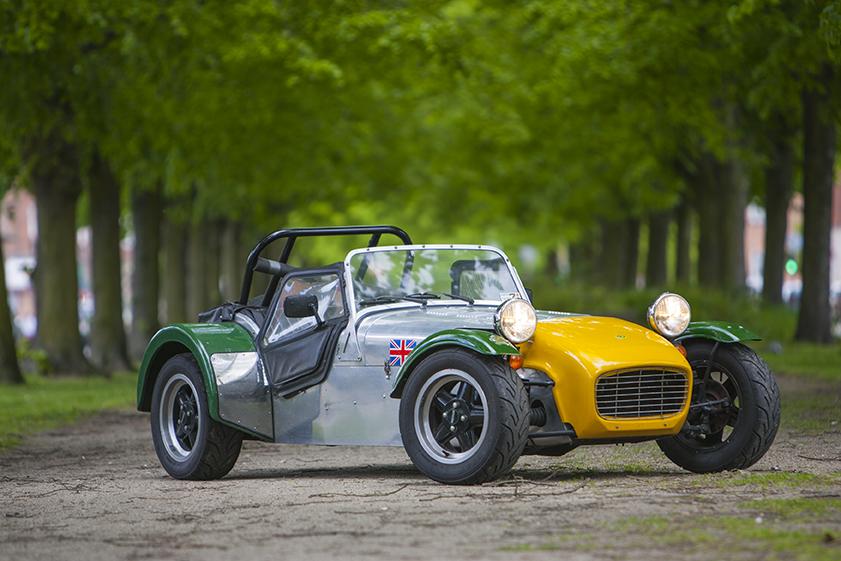 Mikkel Thomsagers Caterham Super Seven er til salg. Den er billig: 174.500 kr. og billig i drift ...