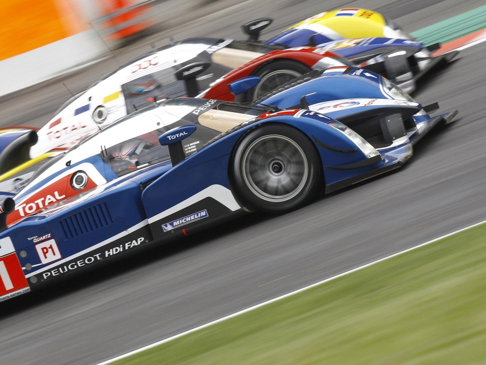 Peugeot viser storform op til le mans for Garage peugeot le mans