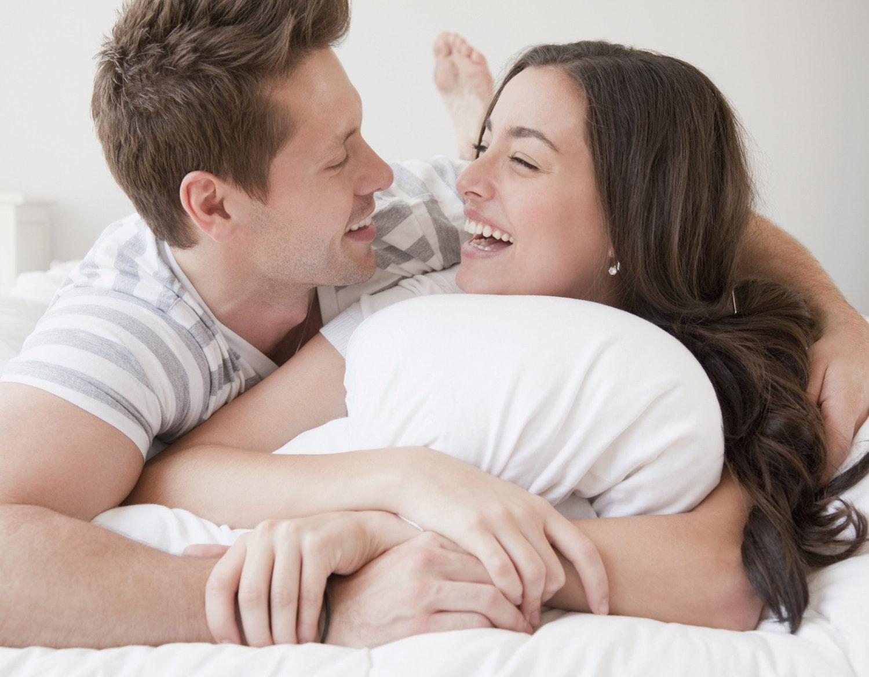 dating polyamorøse pige Tilslut flere hindbær pi
