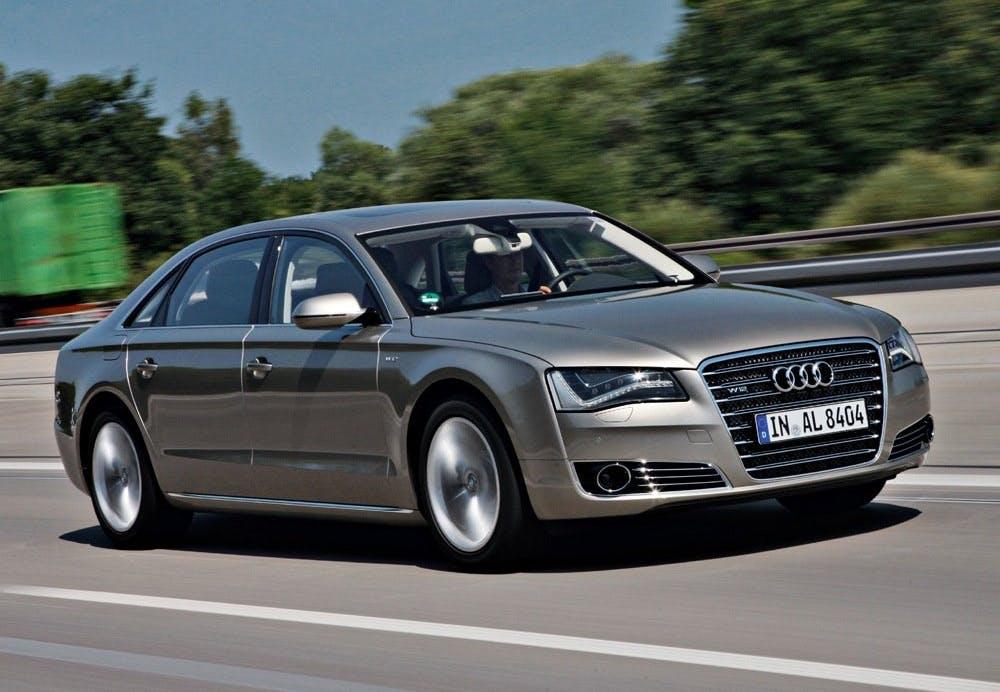 Audi a8 l w12 fsi 6 3 quattro for Garage audi 93