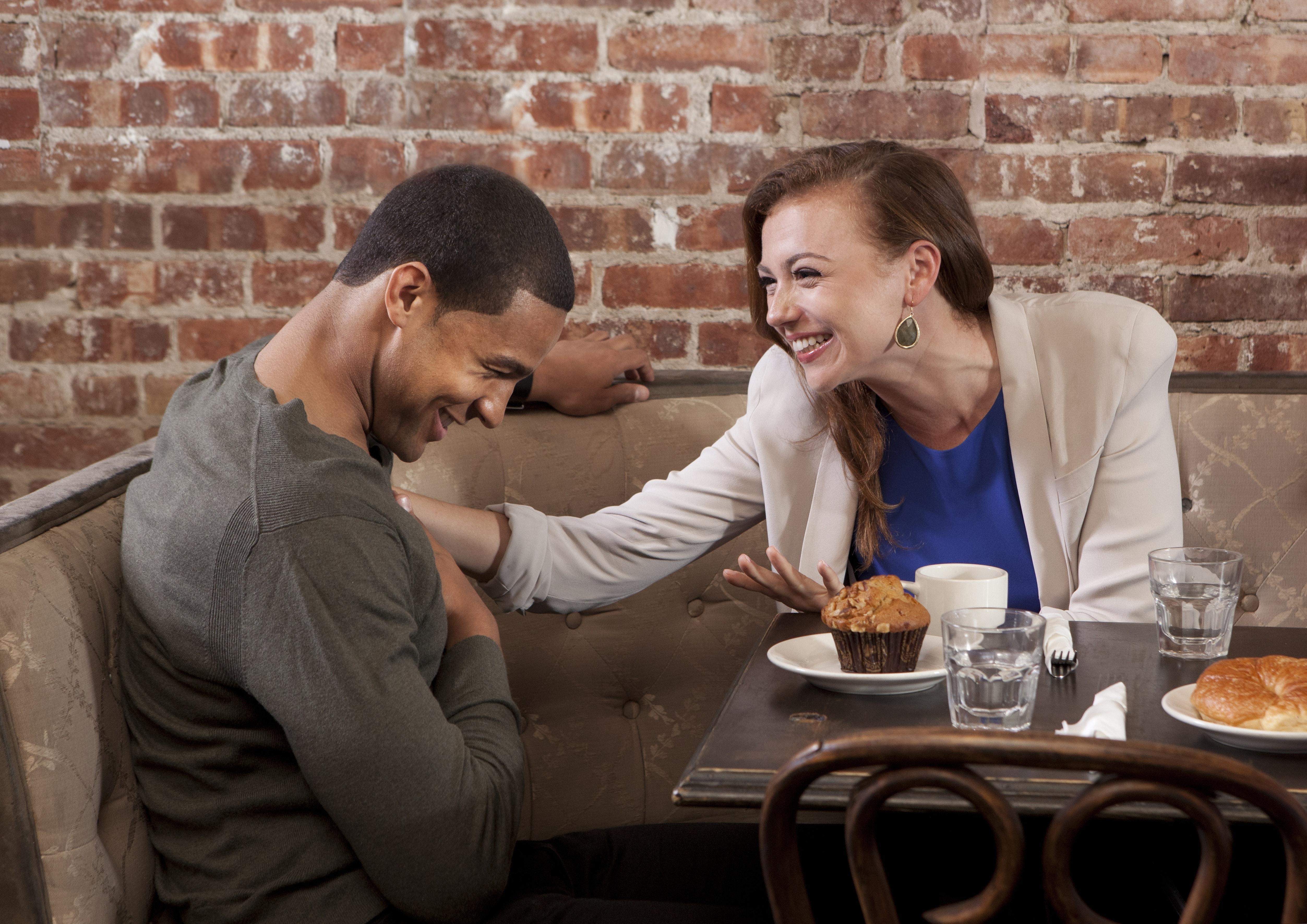 date med kjæresten dating a woman