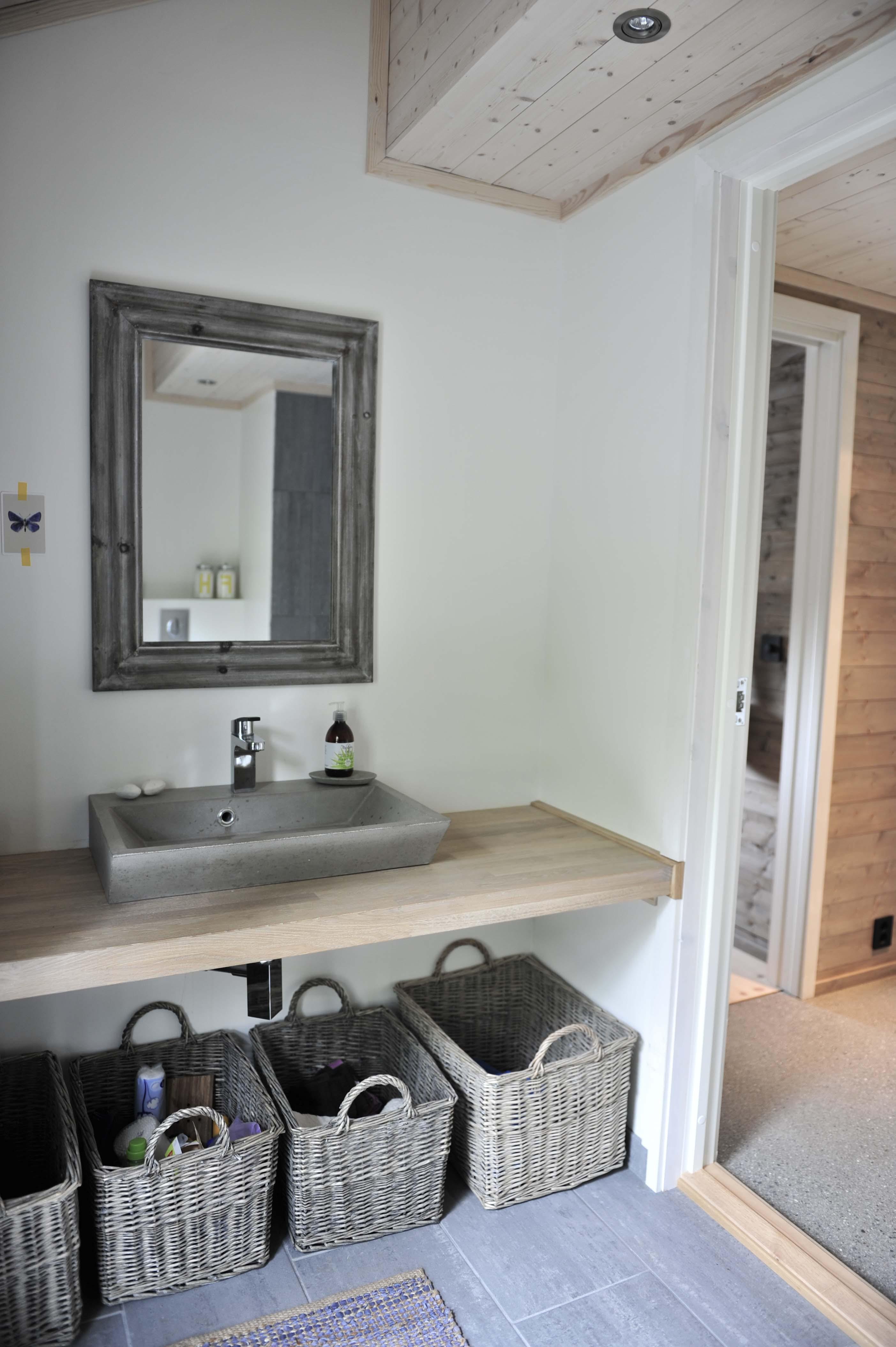 herlig hytteliv bo. Black Bedroom Furniture Sets. Home Design Ideas