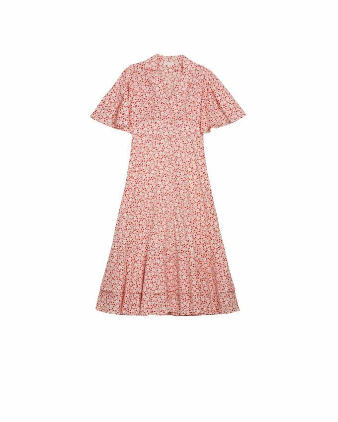 """3566d8920617 """"Vores kollektioner indeholder både helt enkle kjoler og print såvel som  lange design med mere iøjnefaldende mønstre og broderier. Kjolernes snit er  skabt"""