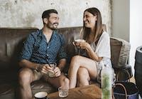 10 ting at vide, når de daterer en udadvendt introvert hvad skal du gøre, når din eks begynder at danse nogen ny