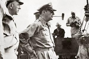 Douglas macarthur pipa japan 1948  go9tvrznnj01s7wdjst9g