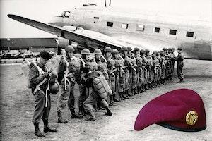 Fallskarmsjagare uppstallning 1952 basker yvzabfo pltr7qarpdwqpa