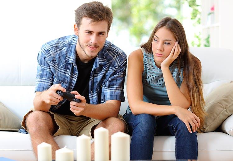 hvad skal man gøre, hvis din kæreste har en online dating profil