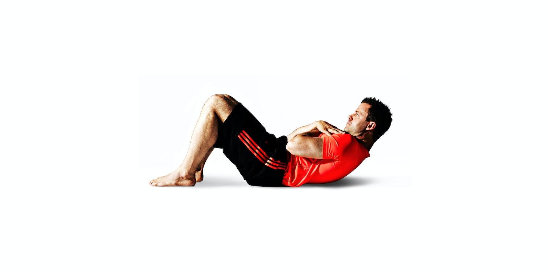Crunches og knee pull-ins - videoøvelser | Aktiv Træning