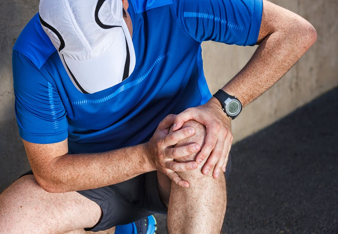 ont i knät efter löpning