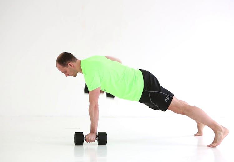 3b709e17 Vekselroing - styrketrening for overarmer, mage, rygg og skuldre | Aktiv  Trening