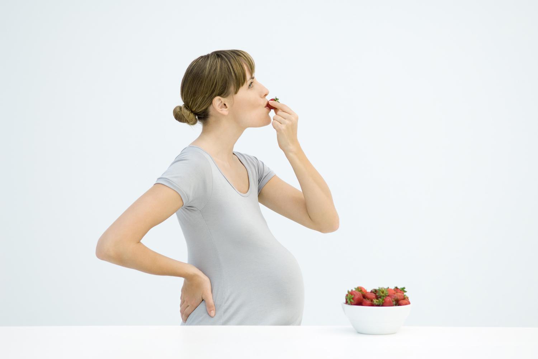 gravid smerter nederst i magen pene