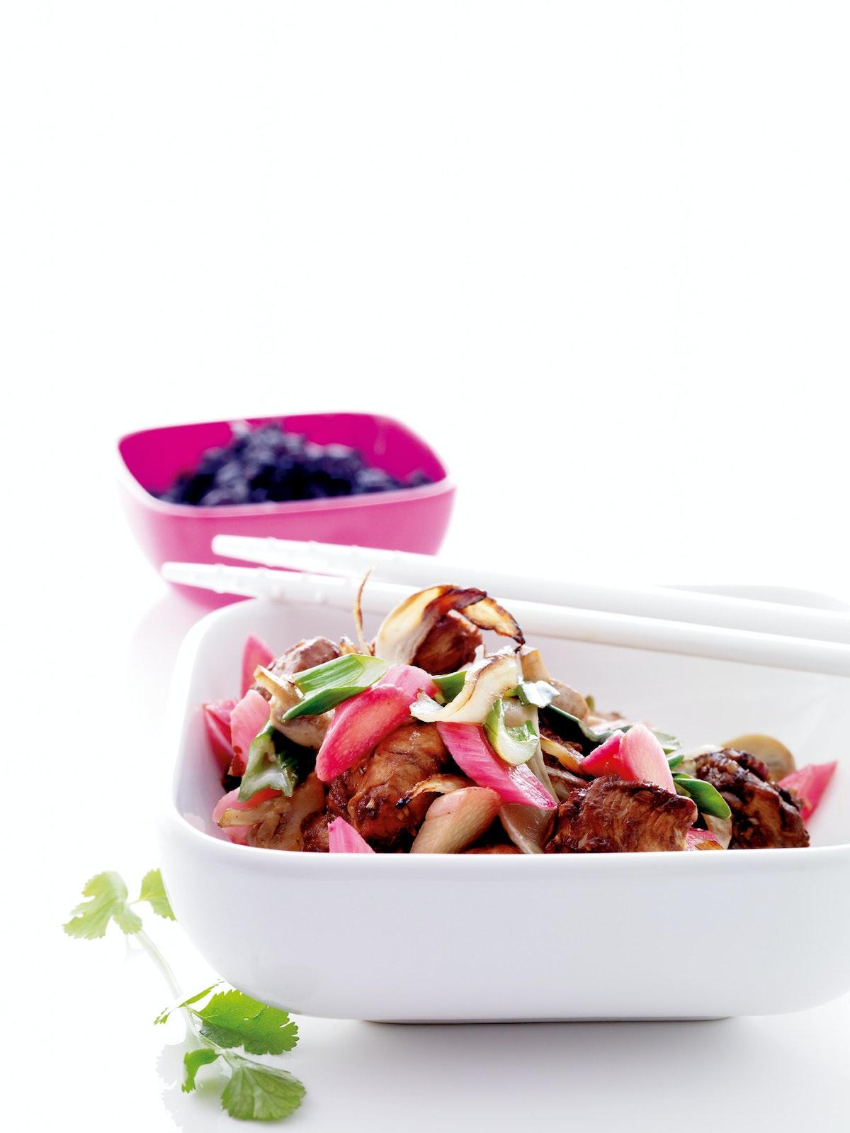 Orientalsk kylling med rabarber | Iform.dk
