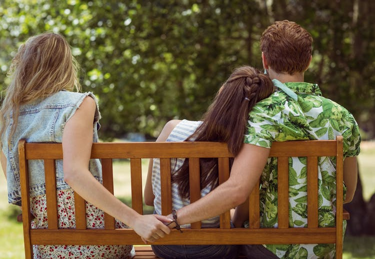 9 red flags you can spot on a first date - INSIDER