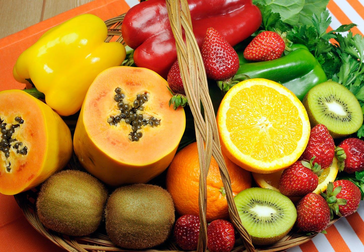 9 voedingsmiddelen met m r vitamine c dan een sinaasappel. Black Bedroom Furniture Sets. Home Design Ideas