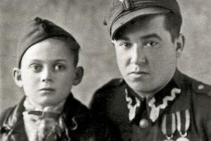Fotografi polsk minisoldat 1945 andra varldskriget forintelsen auschwitz rwlveei9qplaj5h00ba2cw