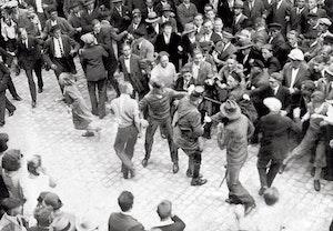 Gatuslagsmal nazister kommunister tyskland eschwege 1932 knrfpbsmkgp72n8kd1bgeq
