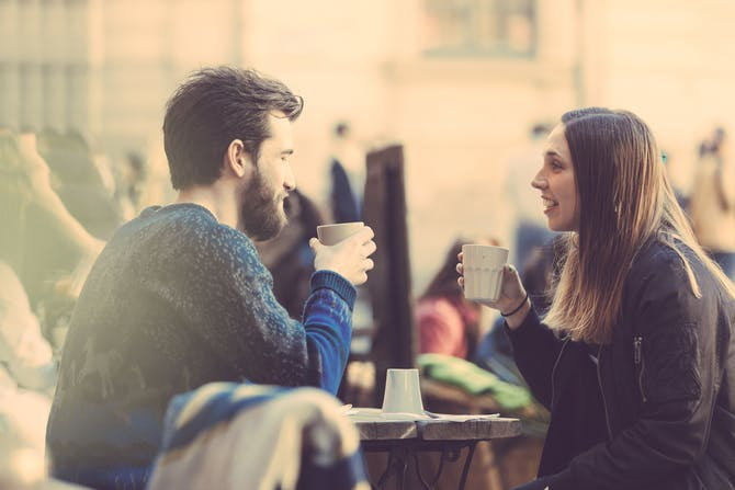 hvornår skal man gå fra venner til dating