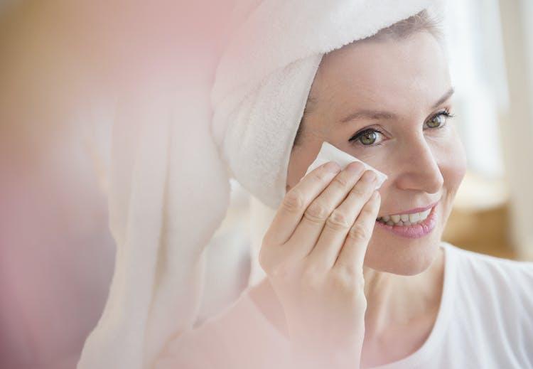 14e454d8 Uren hud hos voksne: Slik blir du kvitt urenhetene for godt | Tara.no
