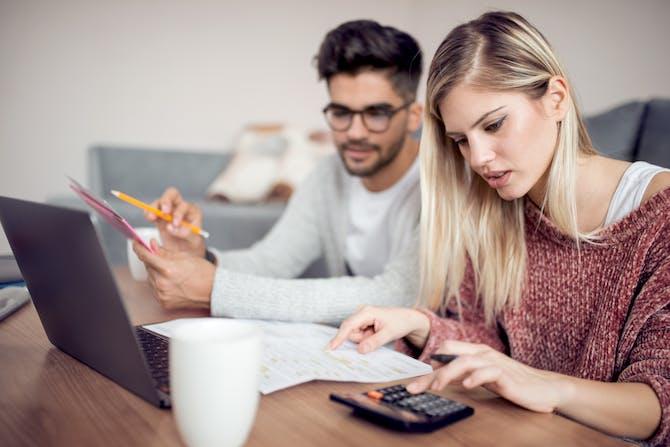 Hvordan tjener online dating tjenester penge