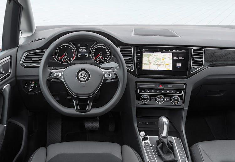 Facelift 2018 Vw Golf Sportsvan Med 130 Hk Og Dansk Hifi Lyd For