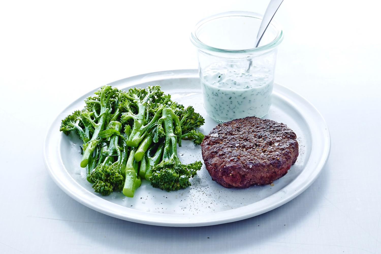 Slow Juicer Opskrifter Med Broccoli : Hakkebof med broccoli og sauce verte Iform.dk