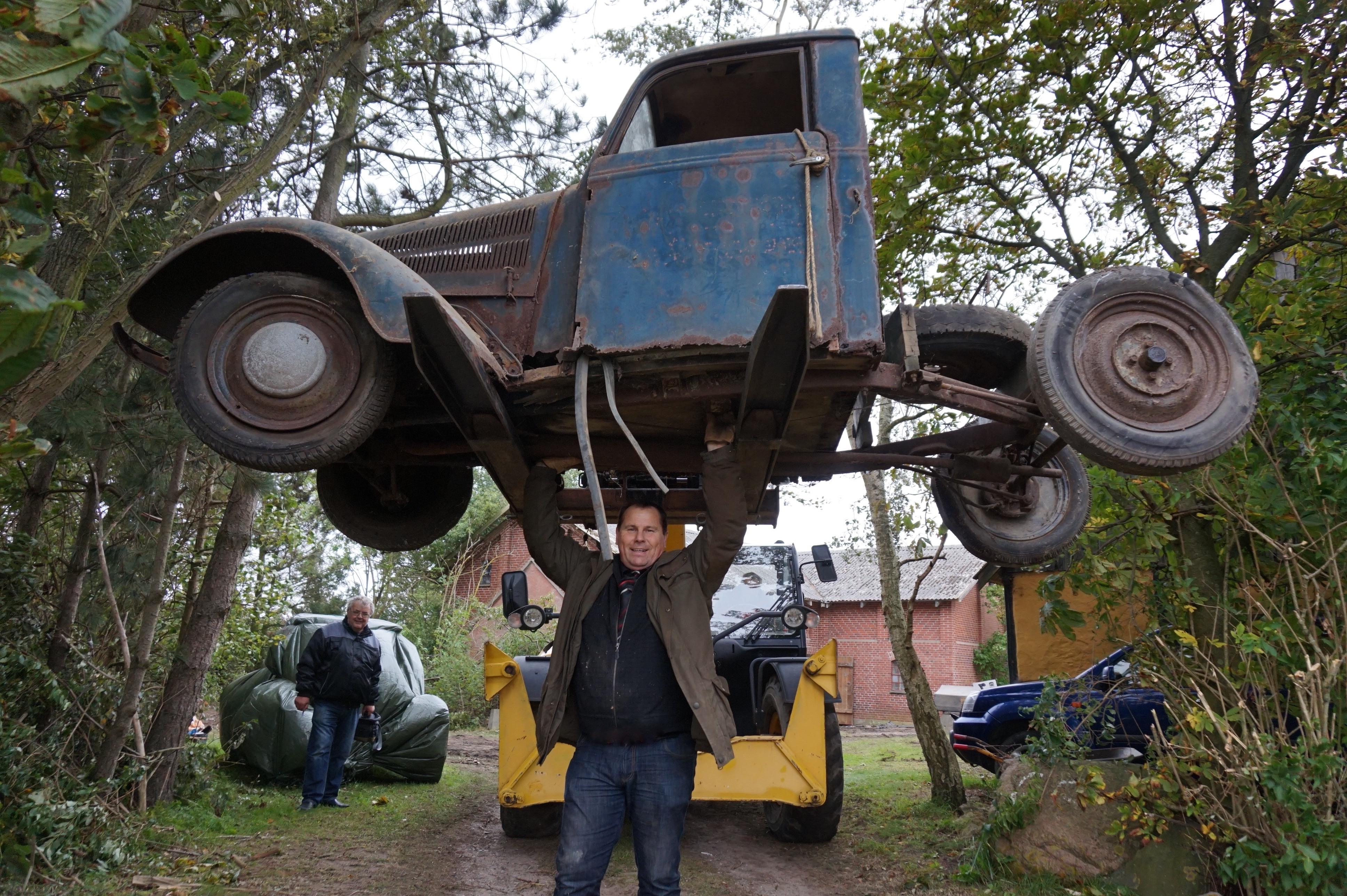 Afdød sydsjællandsk livssamling af førkrigsbiler graves ud af støvet og sælges på auktion ...