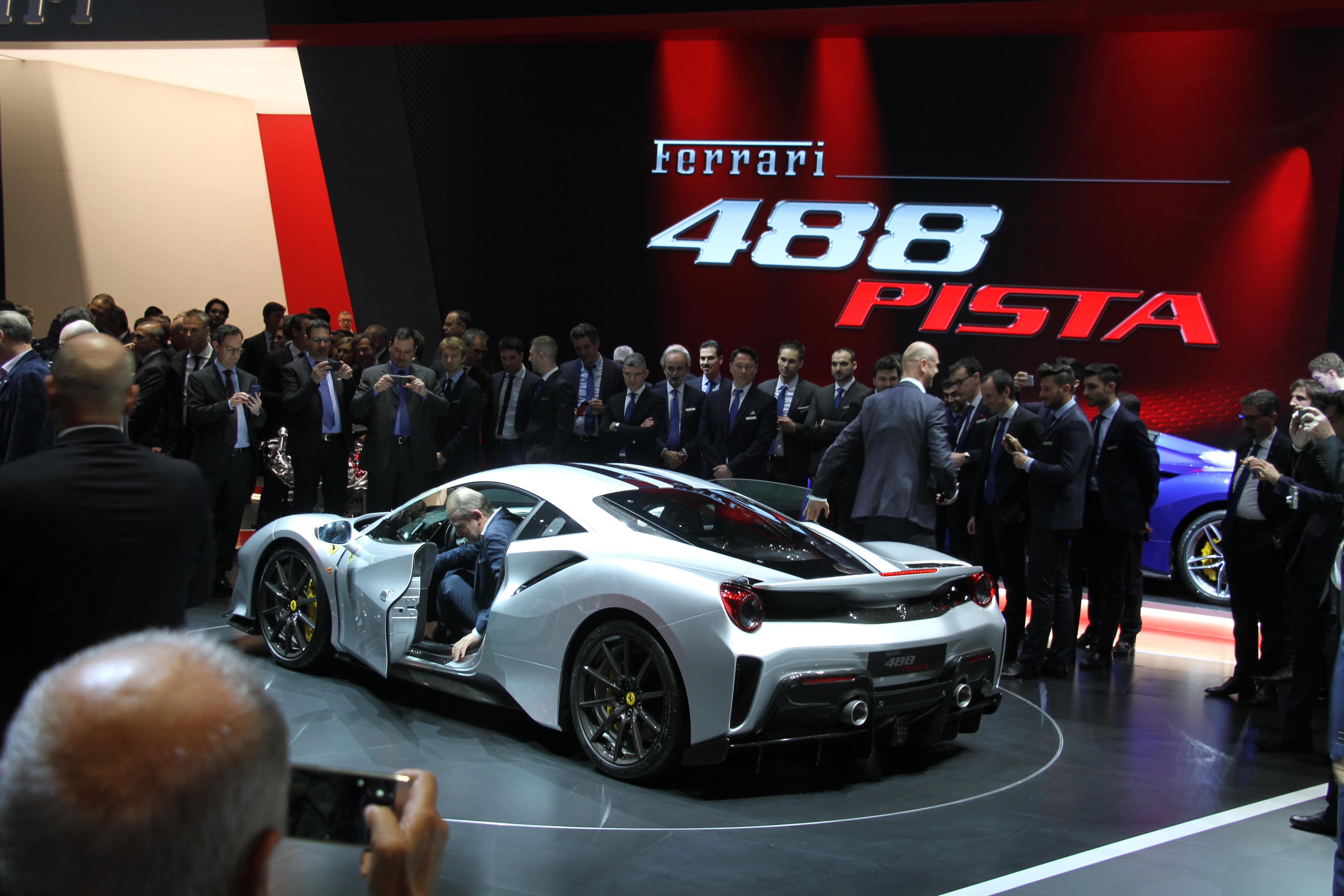 Gen ve udstillingen 2018 bilerne p dag 1 for Garage seat geneve