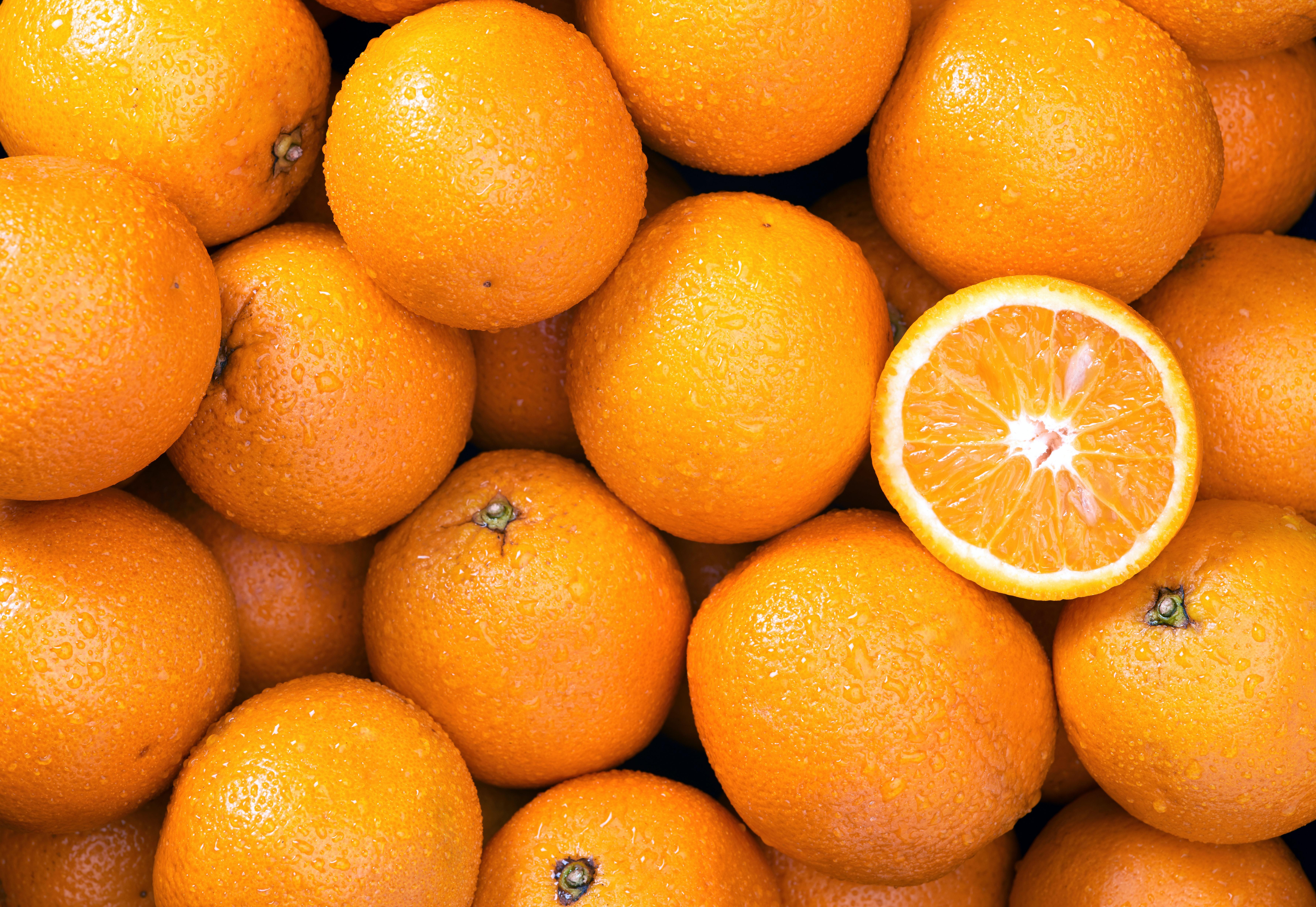 hur mycket väger en apelsin