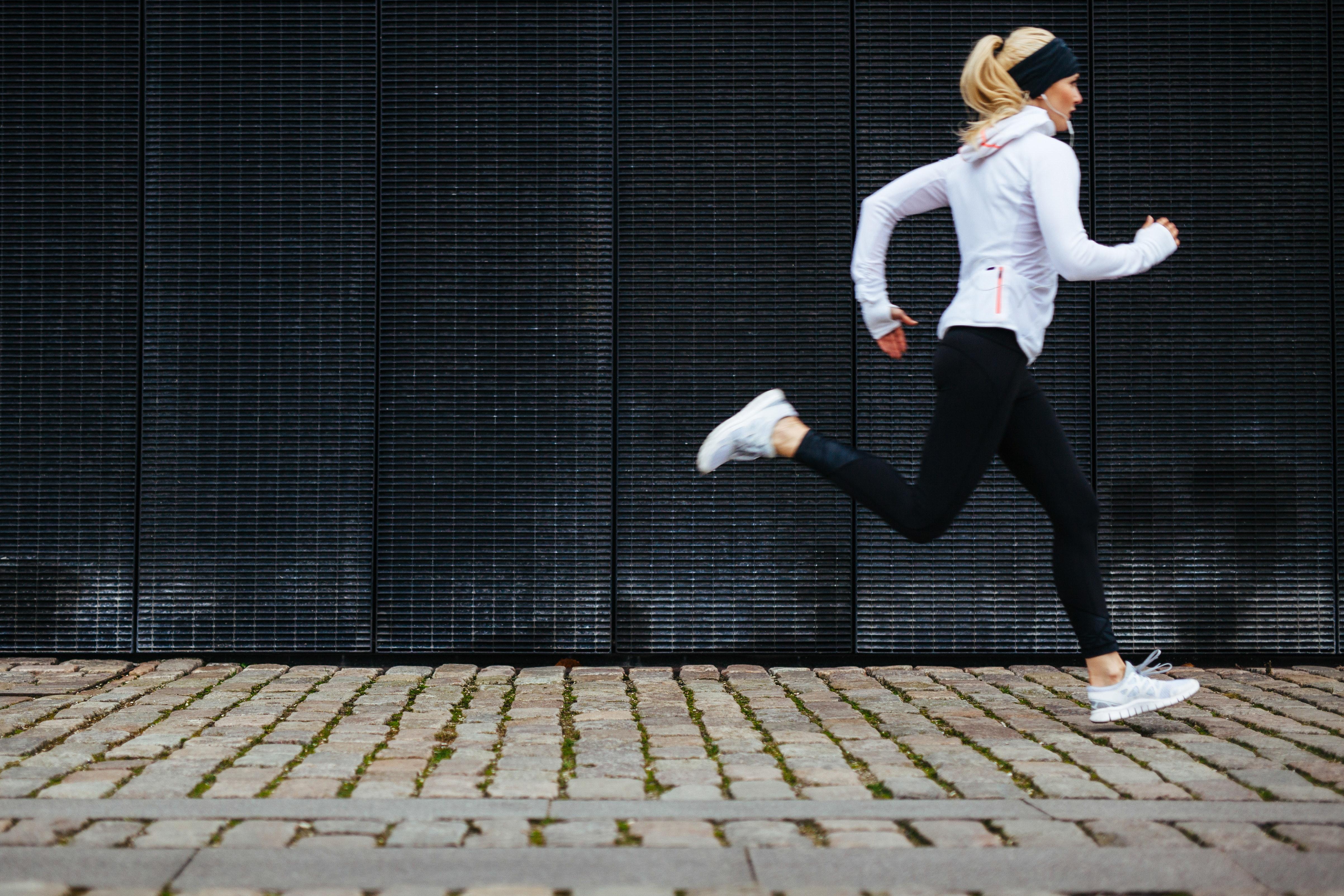vad händer i kroppen när man styrketränar