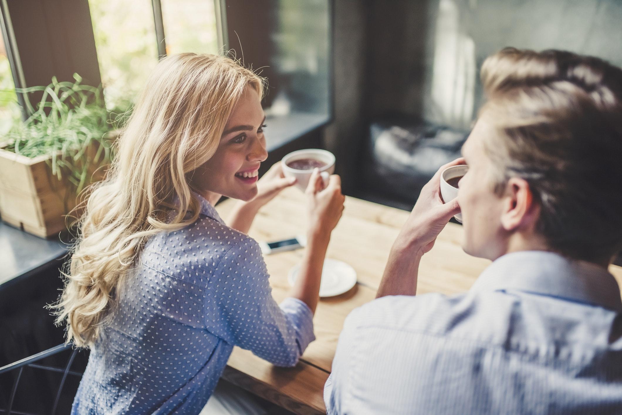 modne kvinder på nett dating program aalborg