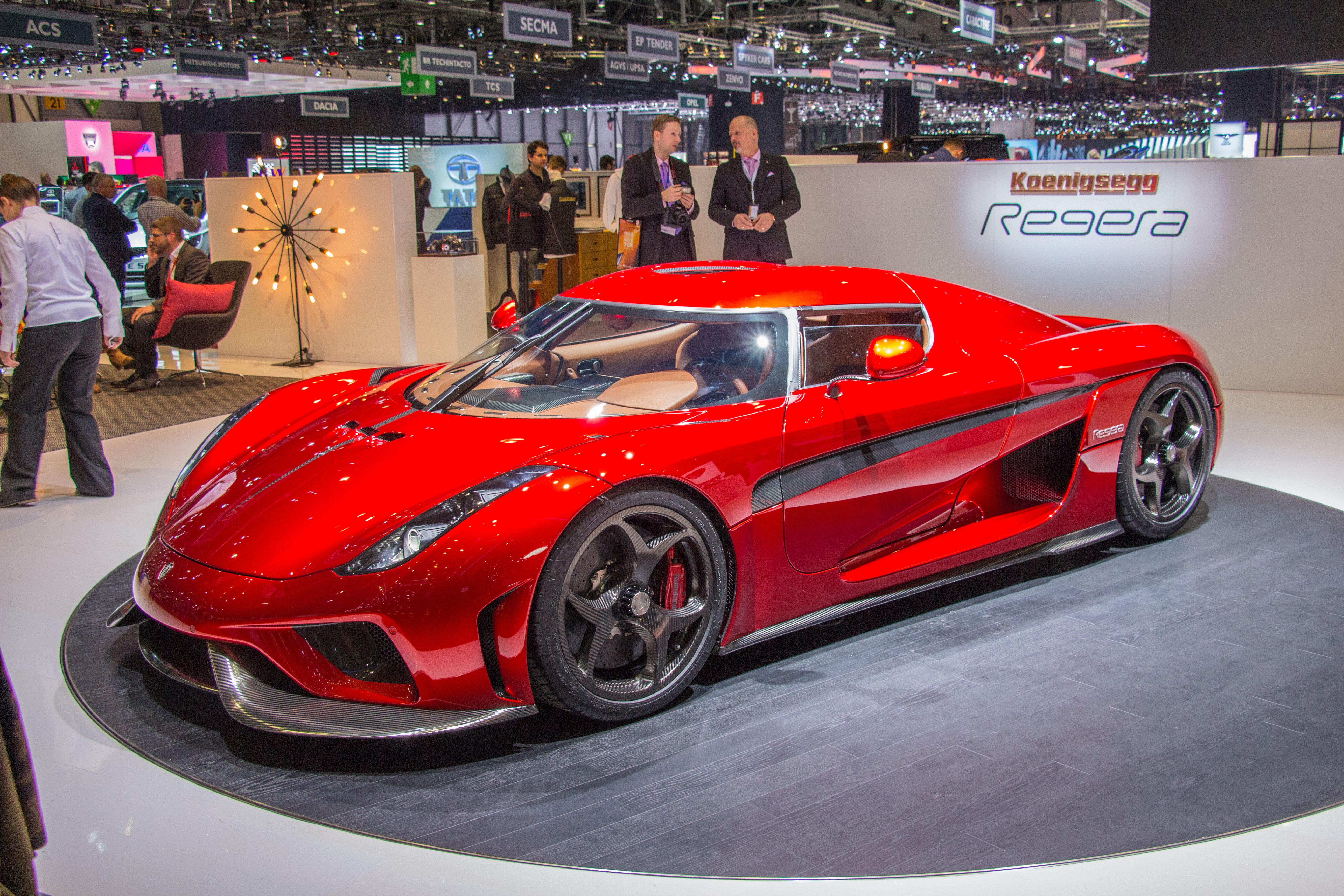 Biludstillingen i geneve 2016 er et orgie af superbiler for Garage seat geneve