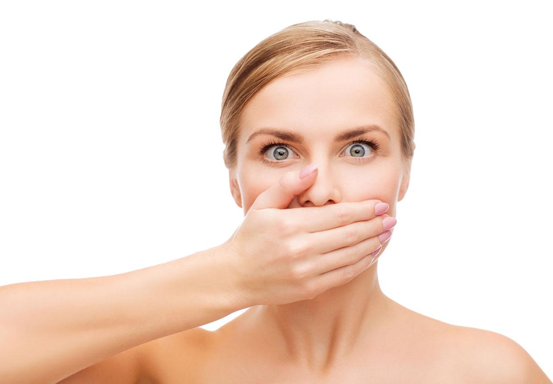 Foto: pic-244522807/stock- I dybe kys udveksler vi spyt, der sender signaler til hjernen, hvorefter spyttet bliver analyseret.
