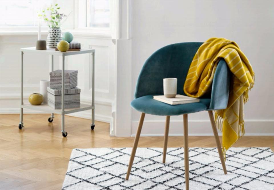indretning 8 smarte tricks til dig med et lille k kken. Black Bedroom Furniture Sets. Home Design Ideas