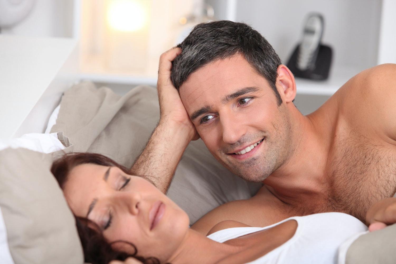 sömnproblem vaknar flera gånger varje natt