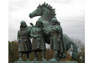 Magnus barfot inge den aldre erik ejegod staty kungalv jdw5cuxerrul9bcth6fnrg