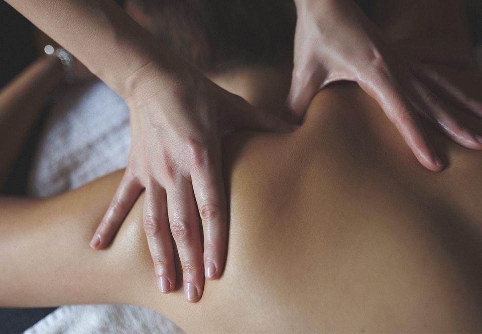 anmeldelse af thai massage escort service dk