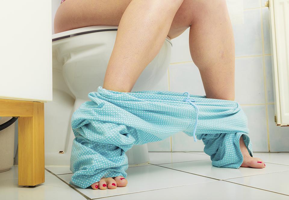 hvorfor er min menstruation brun